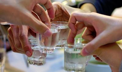 南韓人期待的喝酒聚餐,現實卻是…