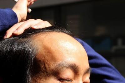 禿頭=工作努力,去居酒屋有專屬優惠