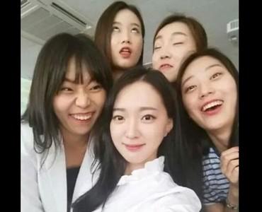 眾人中我最美!南韓女孩正夯自拍法♡