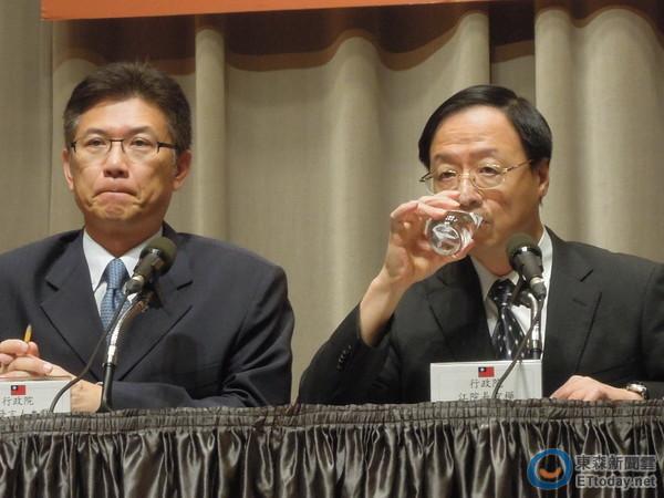 行政院江宜樺將於17日召開行政院處理劣質豬油事件直播記者會。(圖/記者賴于榛攝)