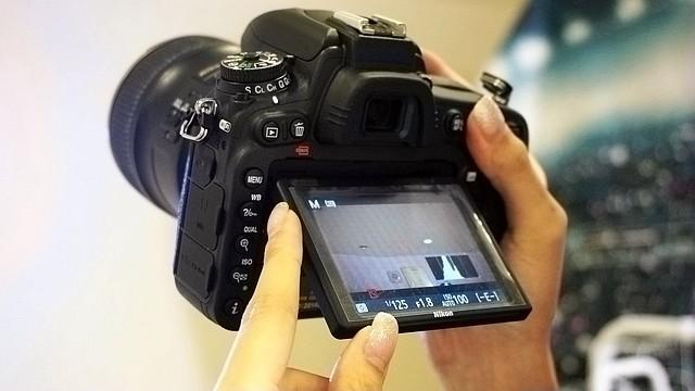 輕巧全能!Nikon D750全片幅機內建Wi-Fi和翻轉螢幕