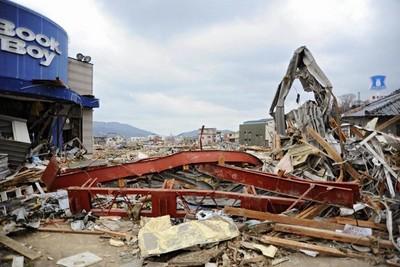 阪神地震後 SN鋼材耐震建築指標