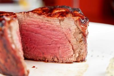 牛排可吃5分熟…豬雞卻不行?2恐怖寄生蟲曝光
