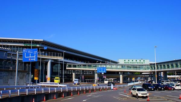 免稅品「一定要手提」?成田機場:有帶出境即可