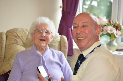 在104歲生日這天,她收到千人的祝福