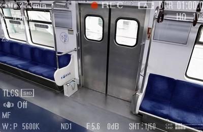 人性測驗!地鐵上出現紙袋你會拿嗎?