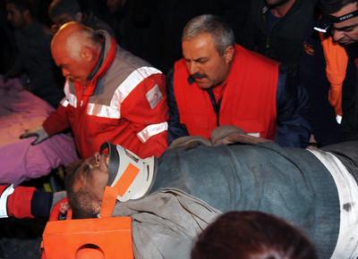 土耳其又震!至少8人死亡