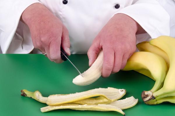 切香蕉,切陽具,切陰莖,斷根。(圖/達志影像/示意圖)