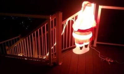 為了街景美觀,別這樣裝飾聖誕樹好嗎