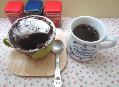 微波爐小教室!5分鐘就有巧香杯子蛋糕