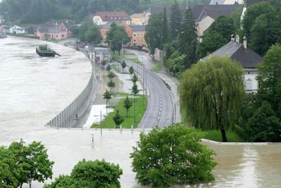 平靜與災難一線之隔,這是奧地利日常