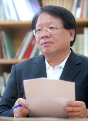 張榮豐,台灣戰略模擬學會秘書長、中華經濟研究院第一研究所研究員、台灣大學經濟系兼任教授。(圖/翻攝自張榮豐臉書)