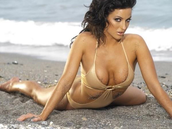 Sophia Cahill索菲亚卡希尔时尚孕味美体秀,米兰T台再现孕妇走秀风