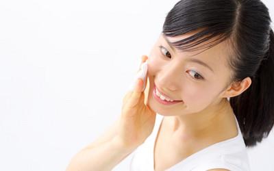 化妝棉?用手拍?哪種才是化妝水正確的使用方法?