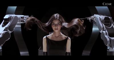 美髮師被機器取代..這樣弄髮不痛嗎?