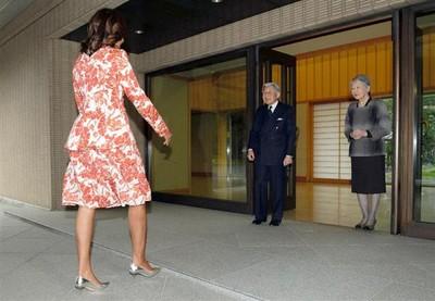 米國巨人進擊日本?網友好擔心天皇啊